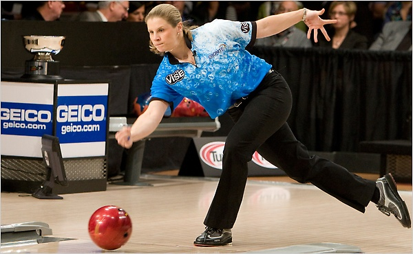 Kelli Kulick won last year's WPBA Championship! I wonder if Mackenzie can bowl a 257?