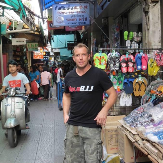 Checking out Sampeng Road (Chinatown) Bangkok!