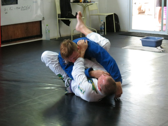 Doing some flow drills, working the old armbar / choke combo
