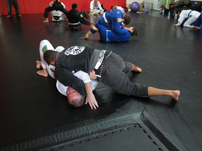 Professor Joao smashes the far side arm and KILLS me in side control!
