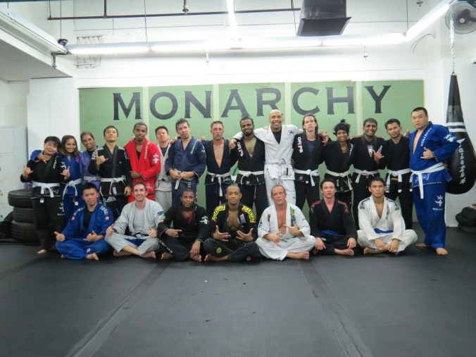 Nice BIG class at Monarchy MMA tonight! Oss!