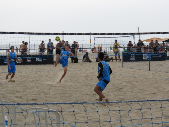 Profession Futevollei (Volley ball with football rules - no hands!) Yep, they have that too at the copa.